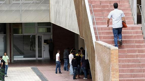 alumnos-teleco--575x323